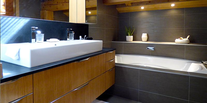Services eurocarrelage for Salle de bain 6000 euros